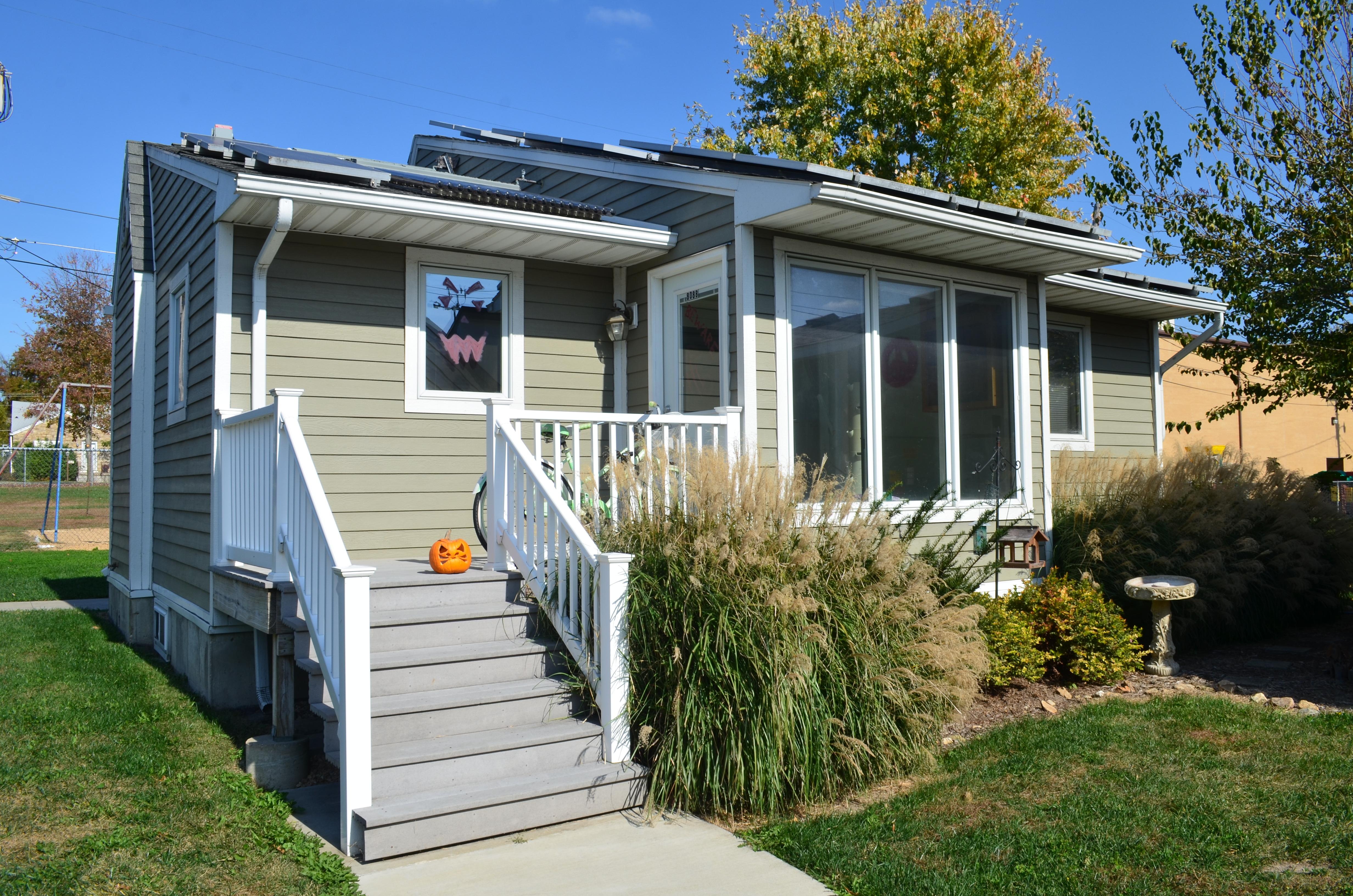2002 Solar House