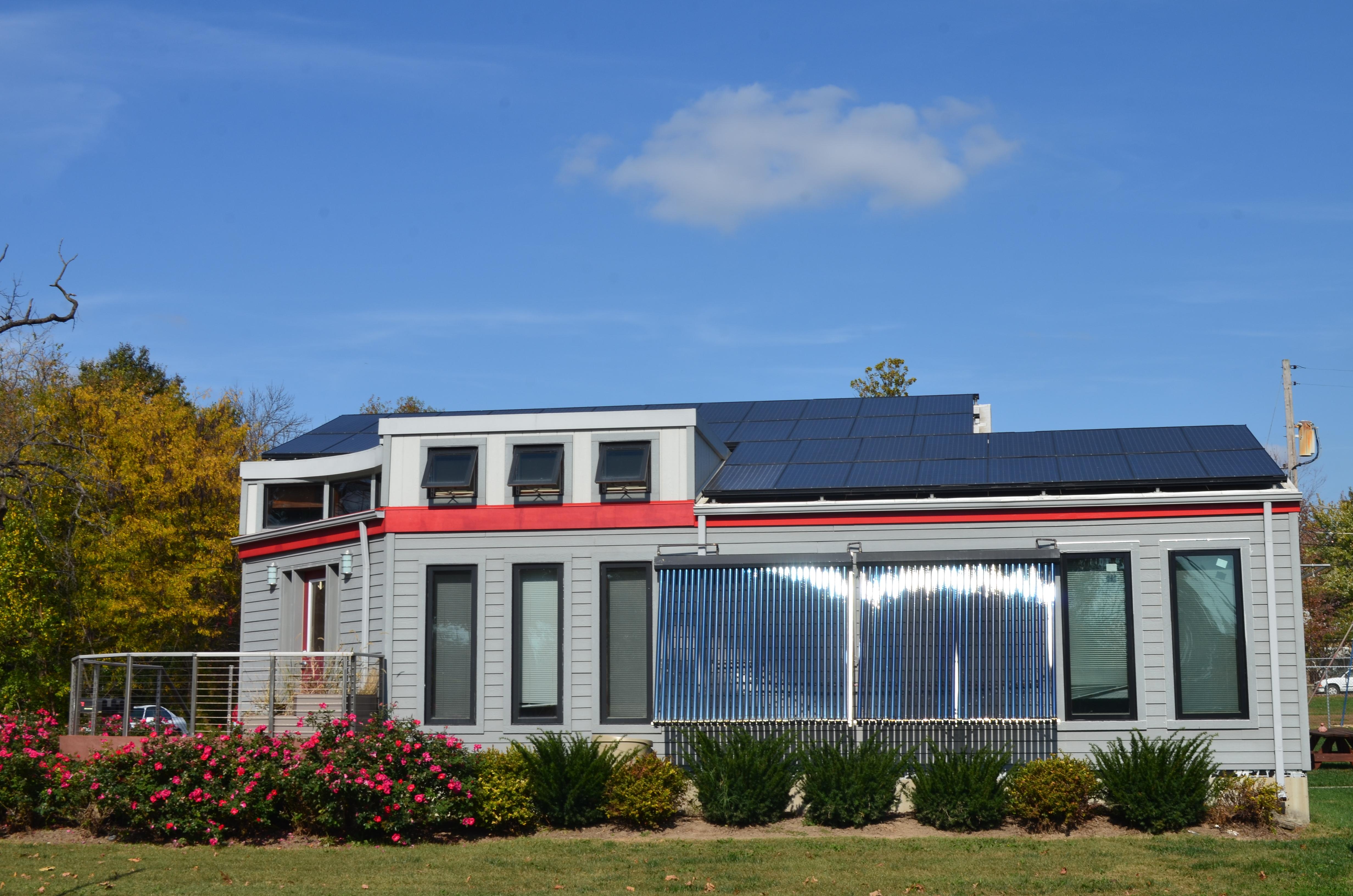 2007 Solar House